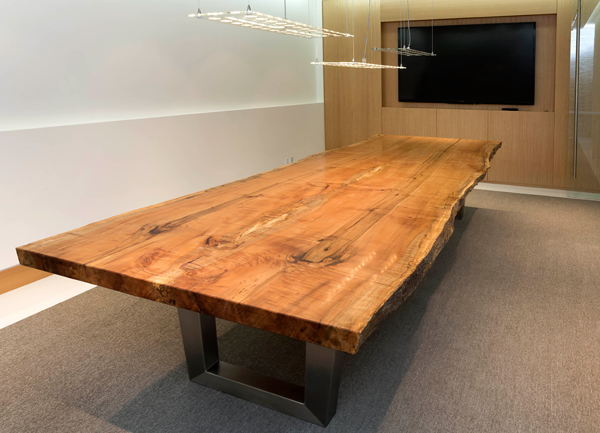 Photo of the Araucaria Boardroom Table